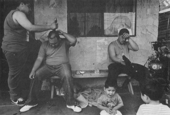 ... : Gang violence rules the streets - Photo essay from El Salvador
